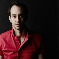 Albert Hammond Jr. (photo by Jason McDonald, PR)