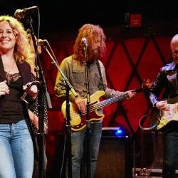 Amy Helm and band (photo by Gus Philippas/WFUV)