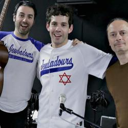 "The Jewbadours, aka Julian Velard and Ari Hest, and ""Cavalcade"" host Paul Cavalconte (photo courtesy of FUV)"