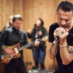 Dave Gahan and Soulsavers (photo by Gus Philippas/WFUV)