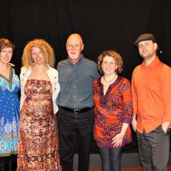 Honor Finnegan and bandmates with host John Platt (photo by Jeremy Rainer)