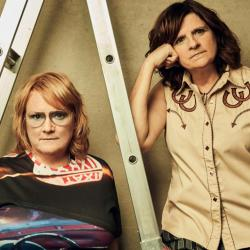 Indigo Girls (Photo by Jeremy Cowart, PR)