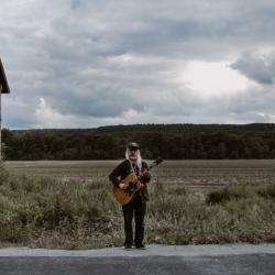 J Mascis (photo by Cara Totman, PR)