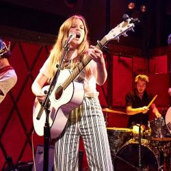 Jade Bird and her band at Rockwood Music Hall (photo by Gus Philippas/WFUV)