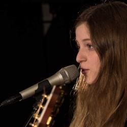 Jade Bird at WFUV (photo by Kristen Riffert)