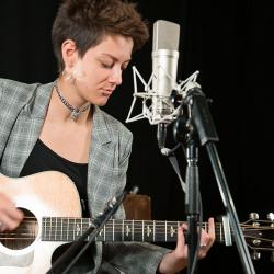 Naomi Hamilton of Jealous of the Birds in Studio A (photo by Jiyoon Seo/WFUV)