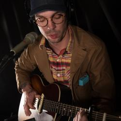 Justin Townes Earle in Studio A (photo by Sarah Burns/WFUV)