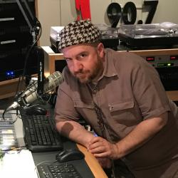 Guest DJ Stephin Merritt (photo by Russ Borris/WFUV)