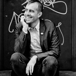 Ted Leo (photo by Matias Corral, PR)