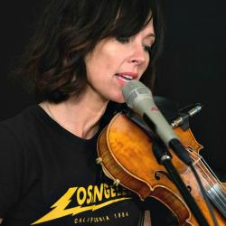 Amanda Shires at WFUV (photo by Alex Brennan)