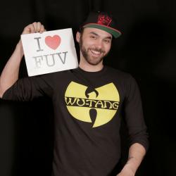 Hear an FUV Live session with Shakey Graves tonight at 9.