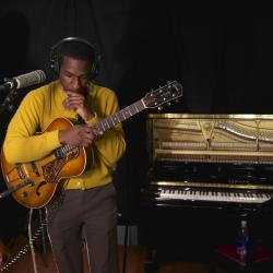 Hear an FUV Live session with Leon Bridges tonight at 9.