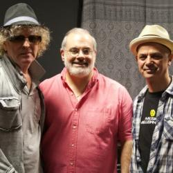 Tonight at 9pm on Words & Music, Darren DeVivo welcomes Ian Hunter to FUV, with James Mastro of The Rant Band.