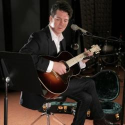 Hear an FUV Live session with Joe Henry tonight at 9.