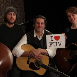 Hear an FUV Live session with Laura Cantrell tonight at 9.
