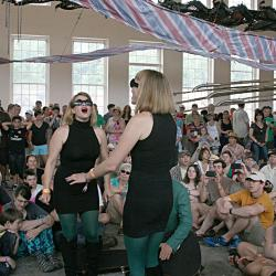 New York City's Lucius in a pop-up performance at Solid Sound, captured on video.