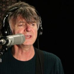 Hear an FUV Live session with Neil Finn tonight at 9.