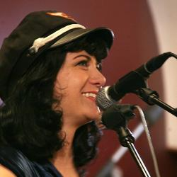 Hear an FUV Live concert with Nikki Lane tonight at 9.