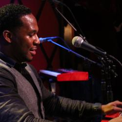Hear an FUV Live session with Robert Randolph & the Family Band tonight at 9.
