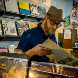 Mike Doughty (photo courtesy of Chart Room Media, PR)
