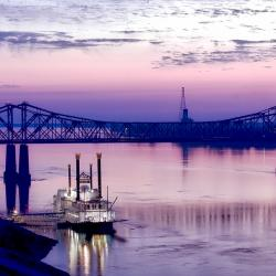 mississippi-river-riverboat-bridge