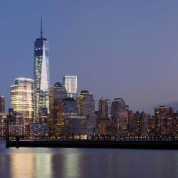 4 World Trade Center Hosts Tower Climb for Charity