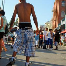A NJ Town Votes Whether to Restrict Baggy Pants on the Boardwalk