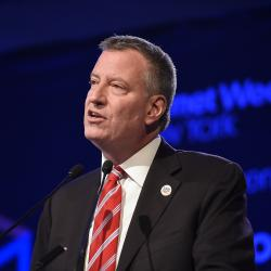 NYC Mayor Visits Paris to Show Support After Terror Attacks