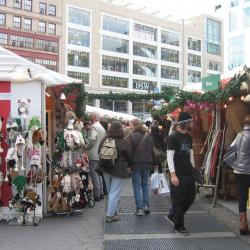 Outdoor Holiday Markets Provide Added Options for Shoppers