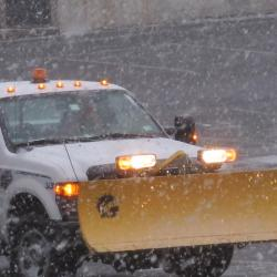 Bloomberg Urges New Yorkers to Stay Indoors as Heavy Snow Looms