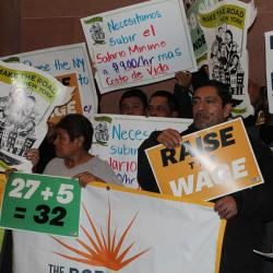 Low-Wage Workers Call on New York Lawmakers to Raise the Minimum Wage in the State