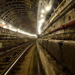 M.T.A. Plans to Shutdown Subway Tunnels for Repair