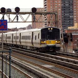LIRR's Largest Union Votes to Approve Strike
