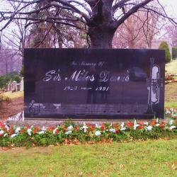 Jazz Cemetery Expands for Music Enthusiasts