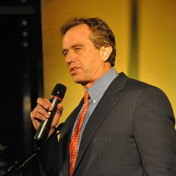 Robert Kennedy Jr. calls on students to become energy entrepreneurs