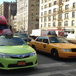 New York City puts brakes on taxi expansion plan