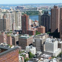 NY Lawmakers and Upper East-Siders Protest Garbage Plant