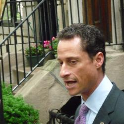 Disbelief From Seniors on Weiner's New Sexting