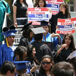 NY Would Give College Aid to Undocumented Immigrants