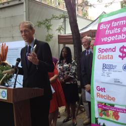 Farmers Markets Become Pharmacies in NYC