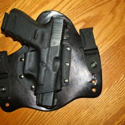 2 Western Pa. Districts Arming Police at Schools