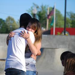 New Jersey Middle School Bans Hugging
