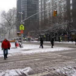 After Sandy, Winter Storm Brings Long Lines to NYC Grocery Stores