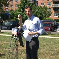 Bronx Residents Respond to Weiner's Proposal for Police Reform