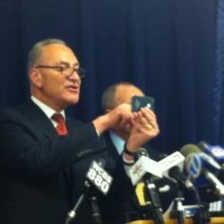 Senator Schumer Targets Cell Phone Thieves