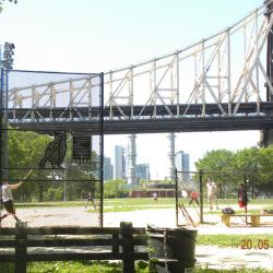 Queensbridge Park Waterfront Long Blocked by Chain Link Fence Will Receive an Upgrade