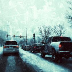 snow-traffic-driving