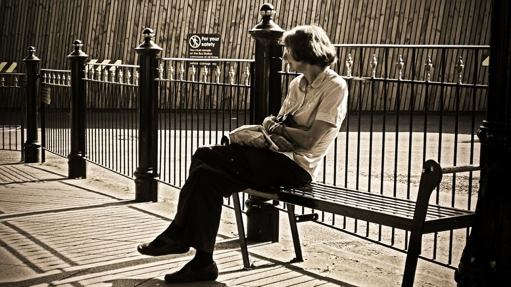 old-woman-bench